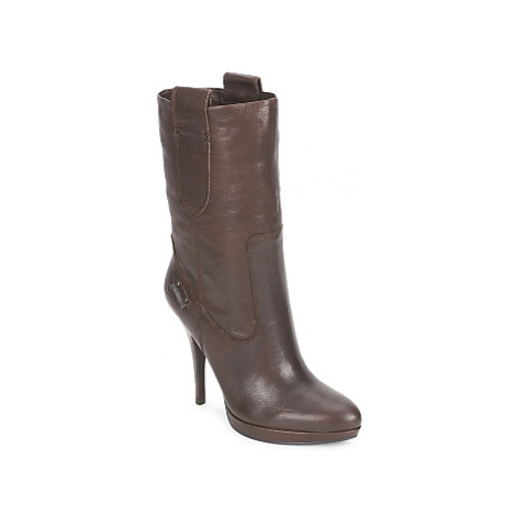 Guess ILLUMINADA women's Low Ankle Boots in Brown