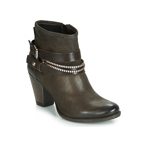 Dream in Green GHALEB women's Low Ankle Boots in Brown