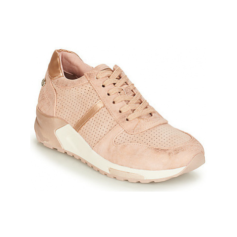 Xti 49014 women's Shoes (Trainers) in Pink