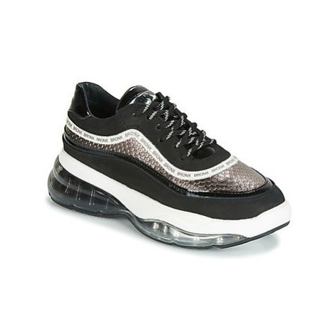 Bronx BUBBLY women's Shoes (Trainers) in Black