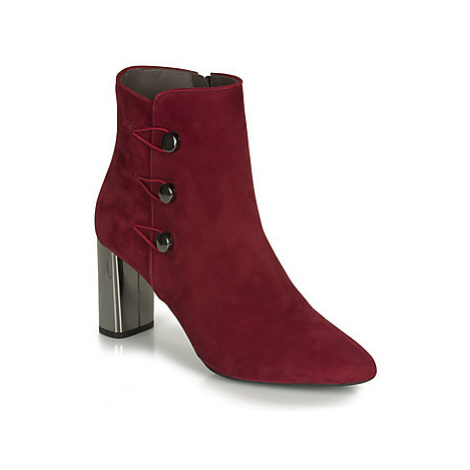 Perlato 11312-CAM-ROUGE women's Low Ankle Boots in Red
