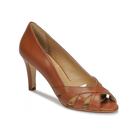 Betty London JOYEZ women's Court Shoes in Brown