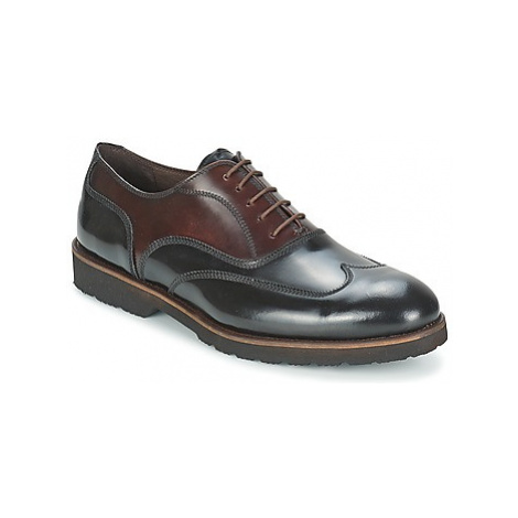 So Size GATWICK men's Smart / Formal Shoes in Black