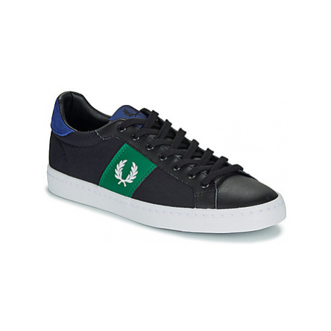 Fred Perry LAWN LEATHER / CANVAS men's Shoes (Trainers) in Black