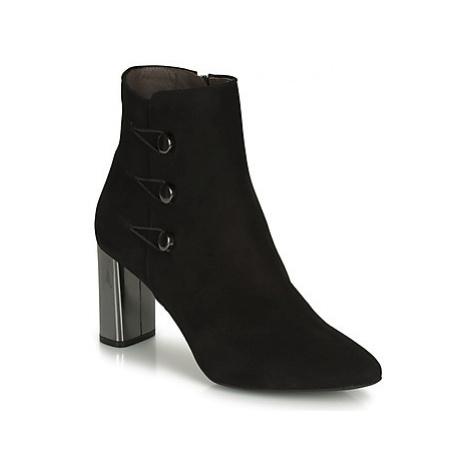 Perlato 11312-CAM-NOIR women's Low Ankle Boots in Black