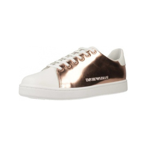 Armani X3X061 XL814 women's Shoes (Trainers) in Gold