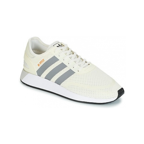 Adidas INIKI RUNNER CLS women's Shoes (Trainers) in White