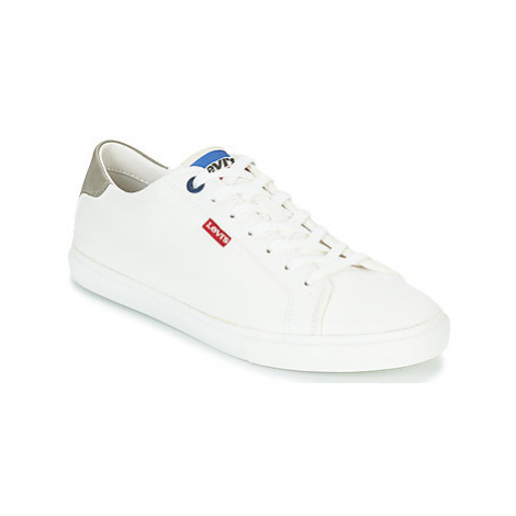 Levis WOODS SPORTSWEAR men's Shoes (Trainers) in White Levi´s