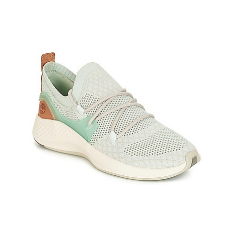Timberland FlyRoam Go Knit Chukka women's Shoes (Trainers) in Blue