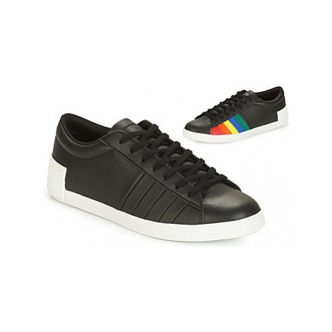 Le Coq Sportif FLAG women's Shoes (Trainers) in Black