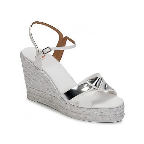 Castaner BESSIE women's Sandals in White Castañer