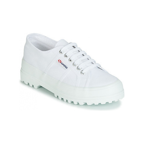 Superga 2555 COTU women's Shoes (Trainers) in White