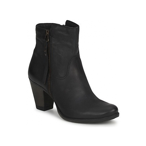 Dream in Green QUIZILO women's Low Ankle Boots in Black