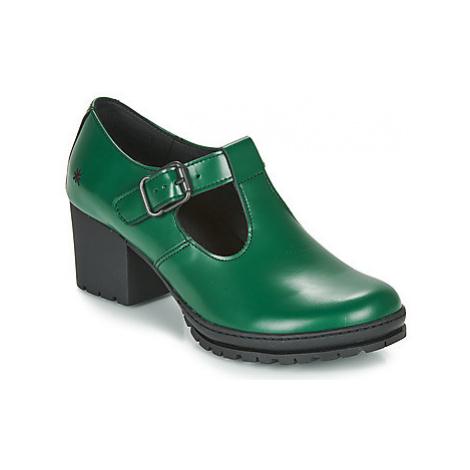 Art CAMDEN women's Court Shoes in Green