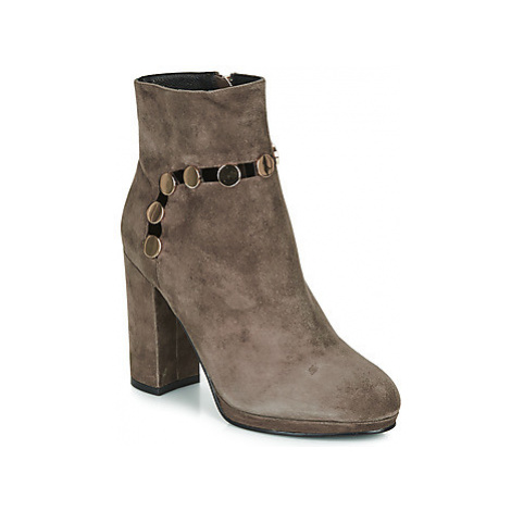 Café Noir JULIET women's Low Ankle Boots in Grey