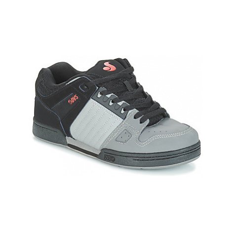 DVS CELSIUS men's Shoes (Trainers) in Black