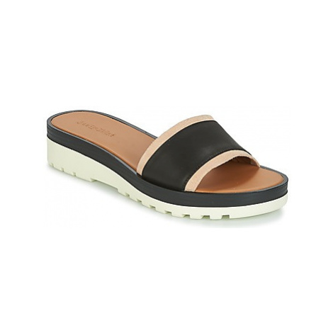 See by Chloé SB26090 women's Mules / Casual Shoes in Black