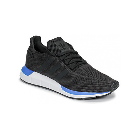 Adidas SWIFT RUN men's Shoes (Trainers) in Black