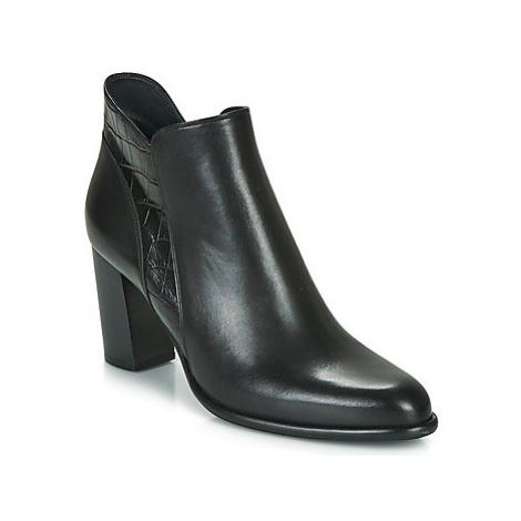 Myma PERLATE women's Low Ankle Boots in Black