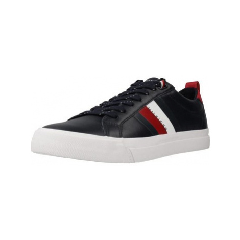 Tommy Hilfiger FM0FM02576 men's Shoes (Trainers) in Blue