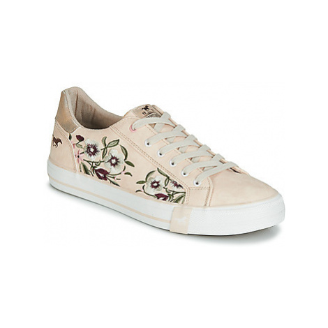 Mustang 1313303-544 women's Shoes (Trainers) in Pink