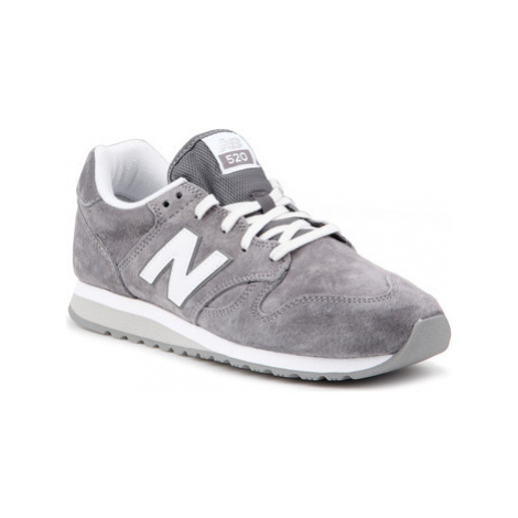 New Balance WL520PC women's Shoes (Trainers) in Grey