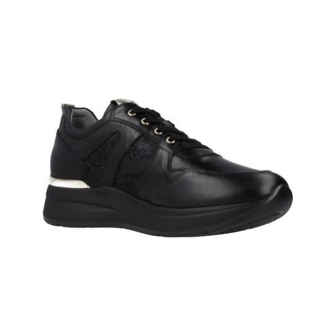 Nero Giardini A908893D women's Shoes (Trainers) in Black