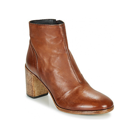 Moma STELLA BRANDY women's Low Ankle Boots in Brown