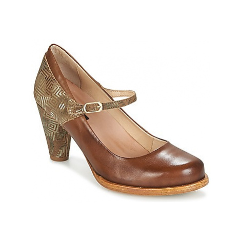 Neosens BEBA women's Court Shoes in Brown