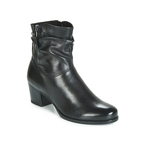 Caprice MANON women's Low Ankle Boots in Black