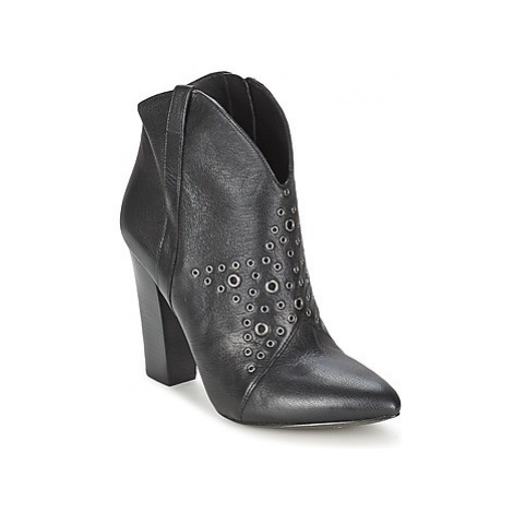Guess MEG women's Low Ankle Boots in Black