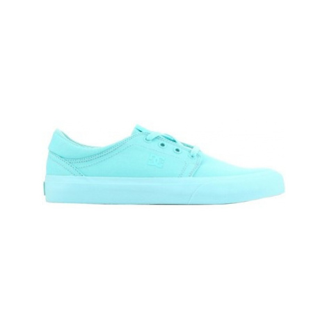 DC Shoes DC Wmns Trase TX ADJS300078-AQA women's Shoes (Trainers) in Green