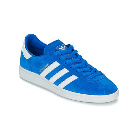 Adidas MUNCHEN women's Shoes (Trainers) in Blue