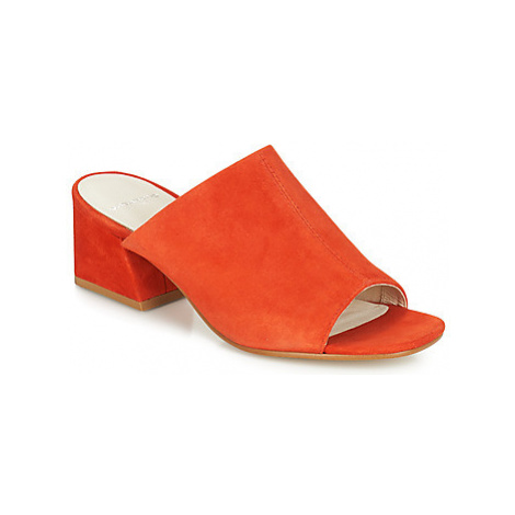 Vagabond ELENA women's Mules / Casual Shoes in Red