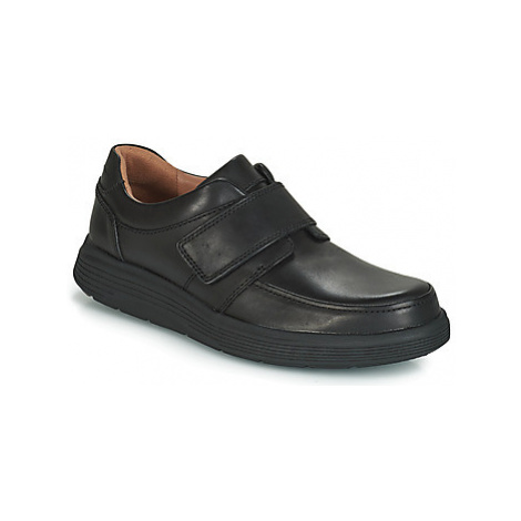 Clarks UN ABODE STRAP men's Casual Shoes in Black