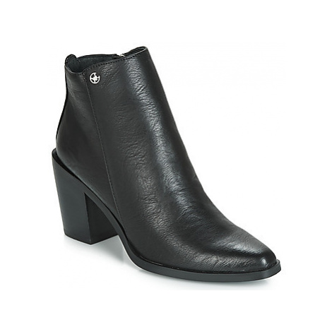 Chattawak LATINA women's Low Ankle Boots in Black