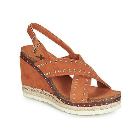 Xti 48922 women's Sandals in Brown