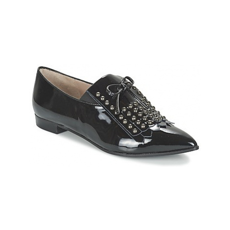 Paco Gil PARKER women's Casual Shoes in Black