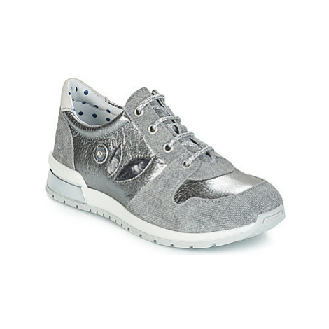Catimini CHOCHOTTE girls's Children's Shoes (Trainers) in Grey