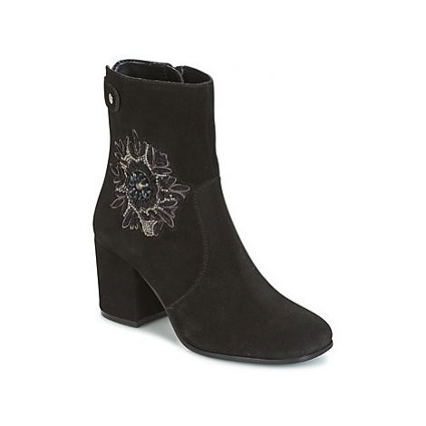 Ravel PENROSE women's Low Ankle Boots in Black