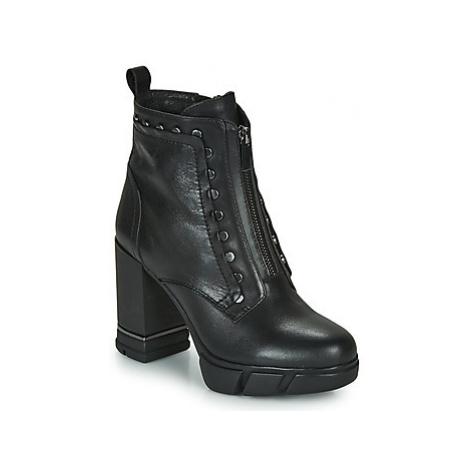 Café Noir BONNIE women's Low Ankle Boots in Black