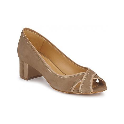 Atelier Voisin TRACY women's Court Shoes in Beige