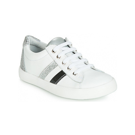GBB MAPLUE girls's Children's Shoes (Trainers) in White