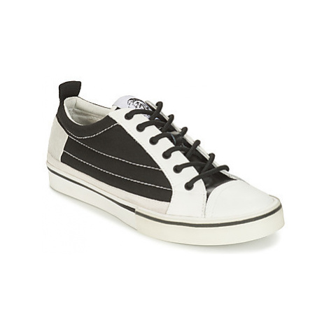 Diesel D-VELOWS LOW PATCH men's Shoes (Trainers) in White