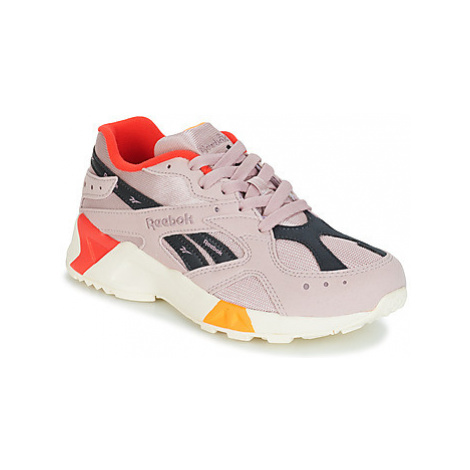 Reebok Classic AZTREK women's Shoes (Trainers) in Pink