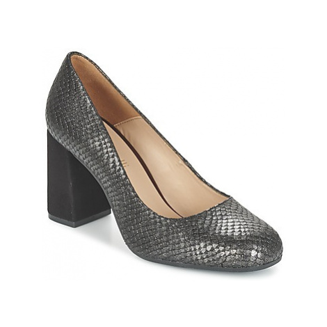 Fericelli FABIOLA women's Court Shoes in Black