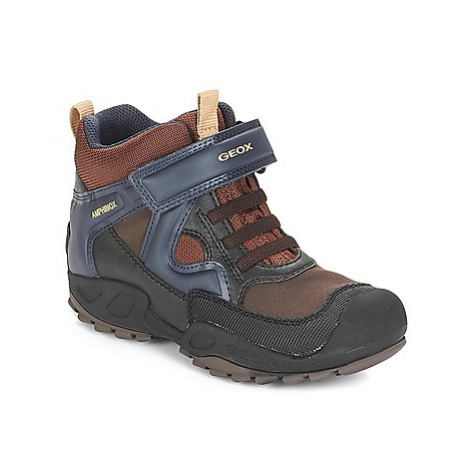 Brown boys' winter shoes