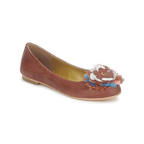 Maruti AIDA women's Shoes (Pumps / Ballerinas) in Red