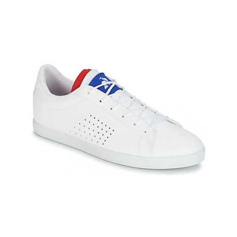 Le Coq Sportif AGATE women's Shoes (Trainers) in White