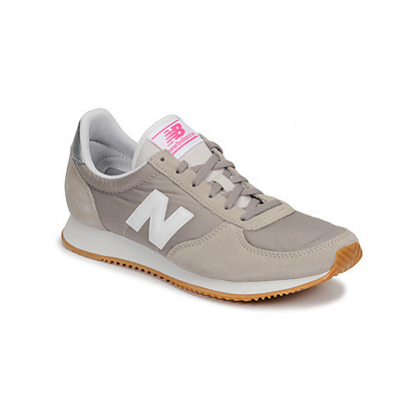 New Balance 220 women's Shoes (Trainers) in Grey